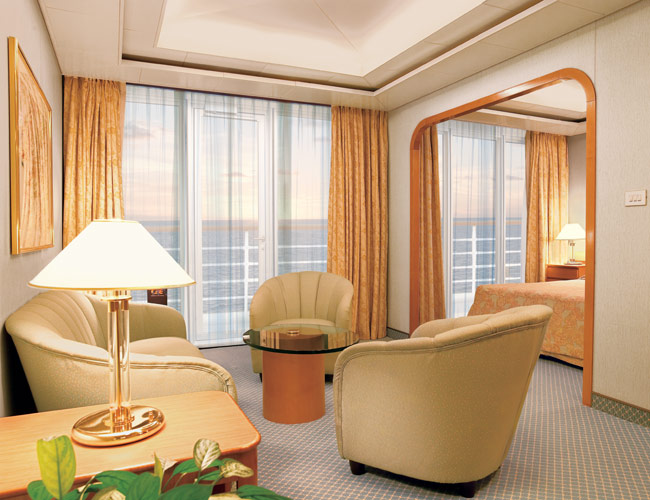 Curtains in stateroom